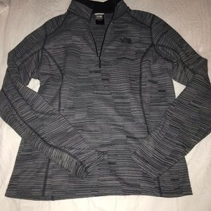 Women's large Northface pullover